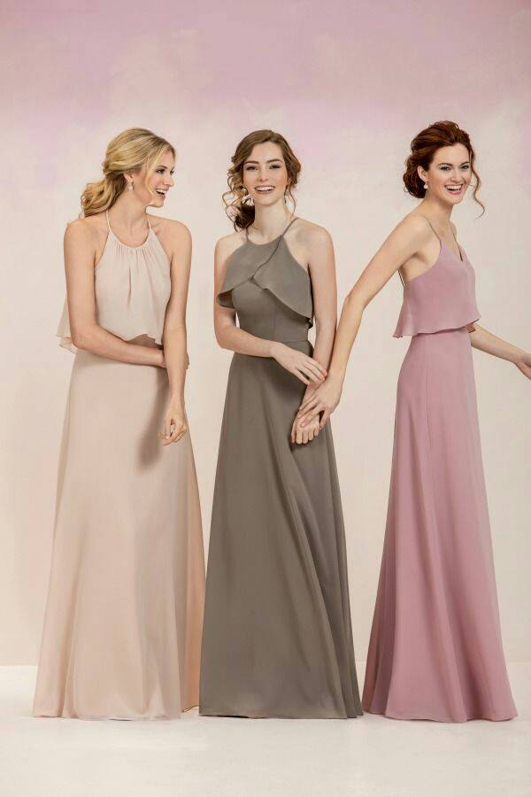 5 Entourage Gown Themes Your Bridesmaids Will Love