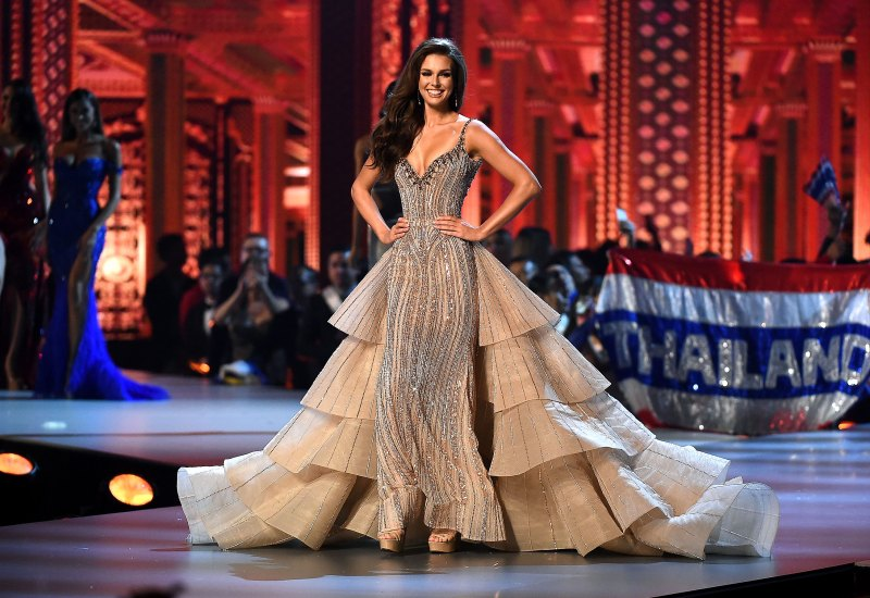 Bridal Worthy Looks Spotted At The 67th Miss Universe Pageant -